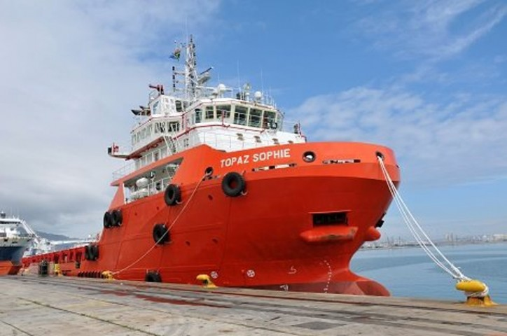 Topaz vessel Topaz Sophie commended for operational commitment