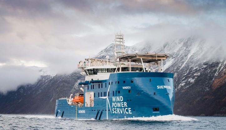 "Ulstein SX175-designed Windea Leibniz Nominated ""Ship Of The Year 2017"""