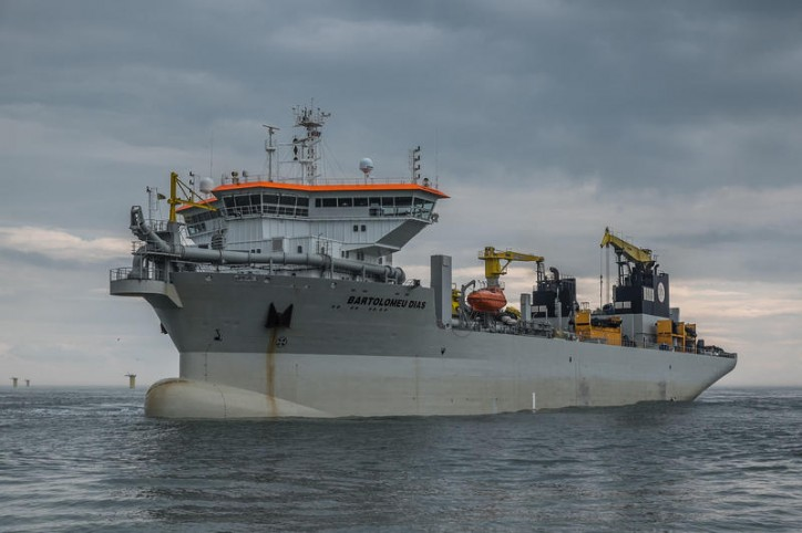 Jan De Nul NV strengthens Prins Hendrik dike in the Netherlands