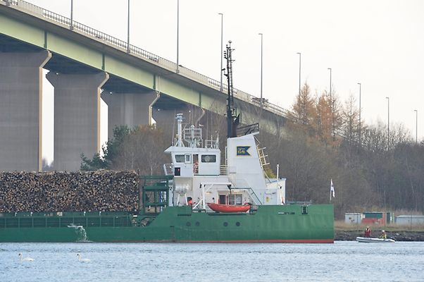Cargo ship Nossan at risk of sinking off Overby channel in Sweden after power blackout