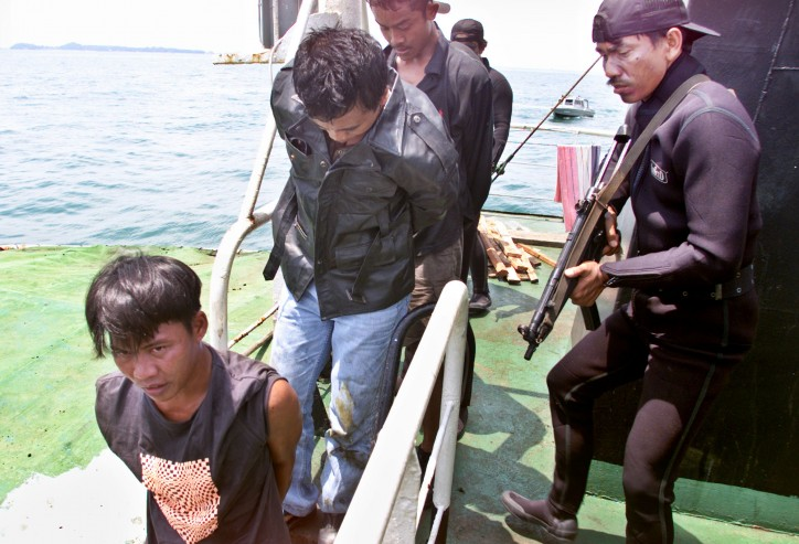Jakarta suggests Bigger vessels, Guards onboard to stop Abu Sayyaf Attacks