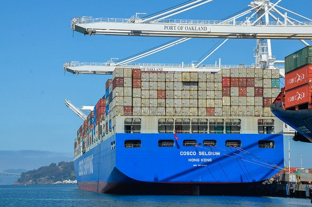 Port of Oakland peak season: steady growth seen, tariffs loom