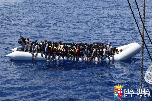 Italy Rescues 4,500 Migrants in Mediterranean in one day