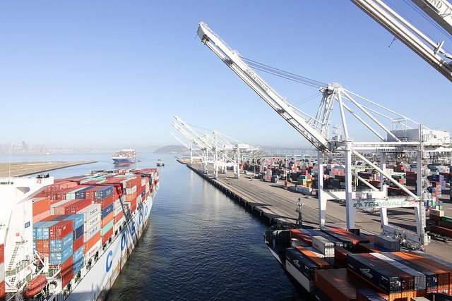 Port of Oakland may get second-fewest ship visits in a decade