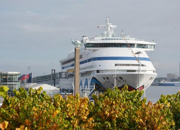 Cruise shipping season closes in Kiel