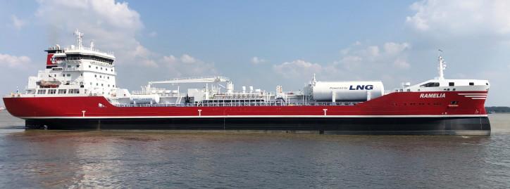 FKAB delivers tanker RAMELIA to Rederi AB Älvtank