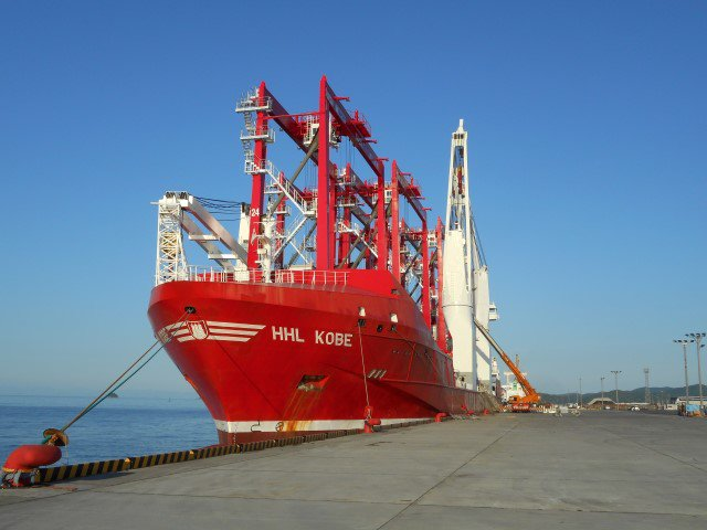 Hansa Heavy Lift delivers six large RTG cranes from Japan to Turkey