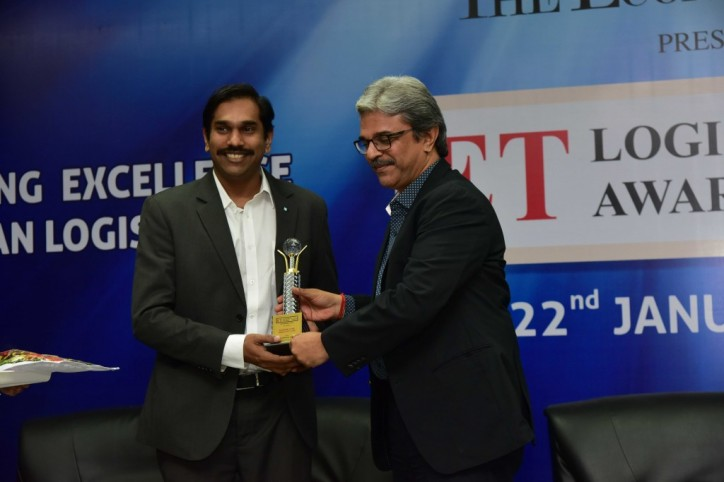 Maersk Line wins 'Shipping Line of the Year' at the ET Logistics Awards, 2016