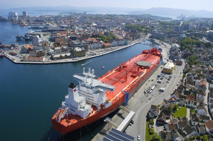 Teekay chooses Sealink VSAT for its shuttle tanker fleet