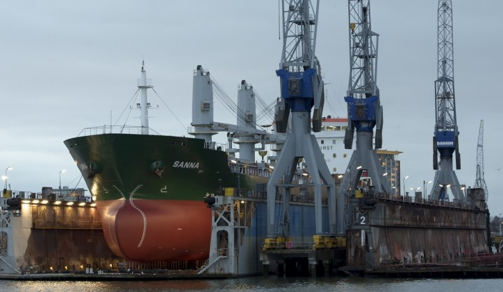 Four bulk carriers brought up to standard in two locations