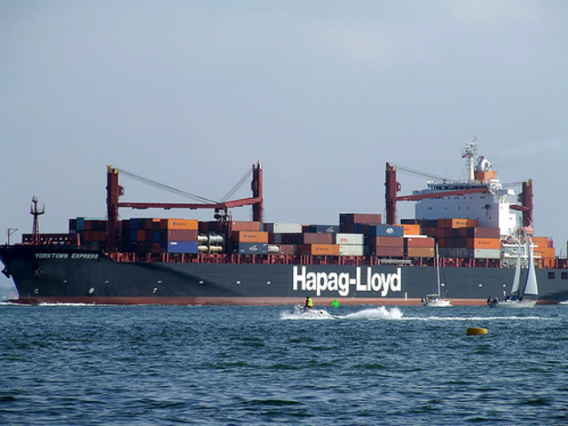 Hapag-Lloyd secures US$ 372m financing for five 10,500 TEU new-built vessels