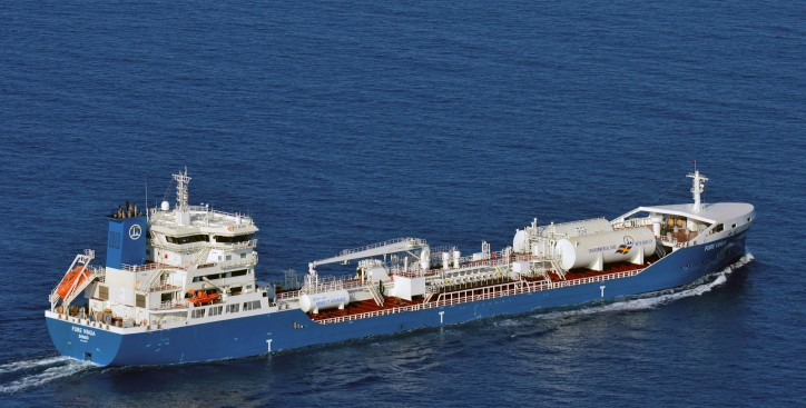 Skangas fuels the tanker Fure Vinga with liquefied biogas (LBG)