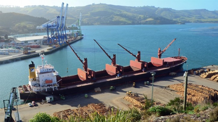 Dry bulk shipping facing slow recovery, consolidation - Dreyfus