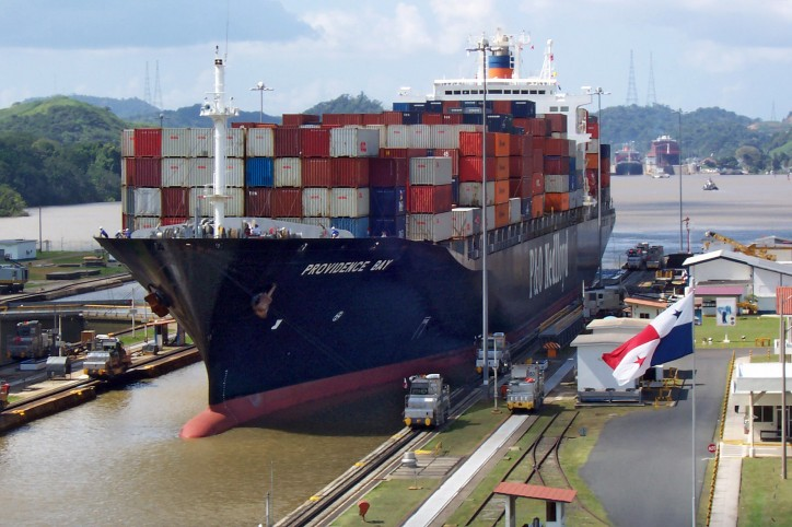 Panama Canal sets further draft restrictions for ships
