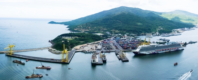 Da Nang completes second-stage upgrading of Tien Sa port