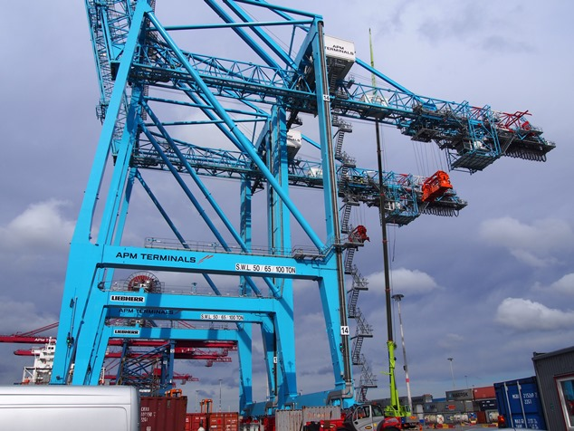 New investment, volume growth commitment signed for APM Terminals Gothenburg
