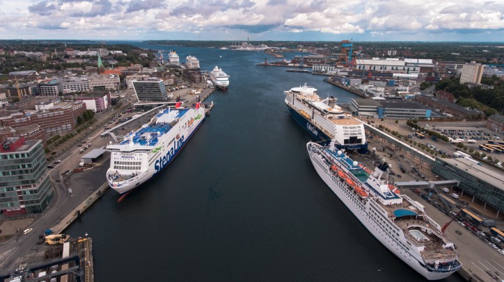 Kiel ends most successful cruise shipping season