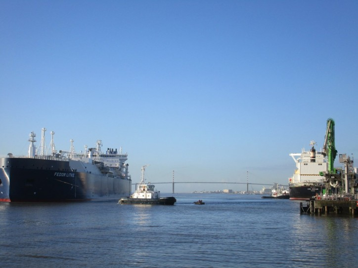 Elengy performs first LNG Transshipment at Montoir-De-Bretagne LNG terminal from an ARC7 Ice-class LNG carrier