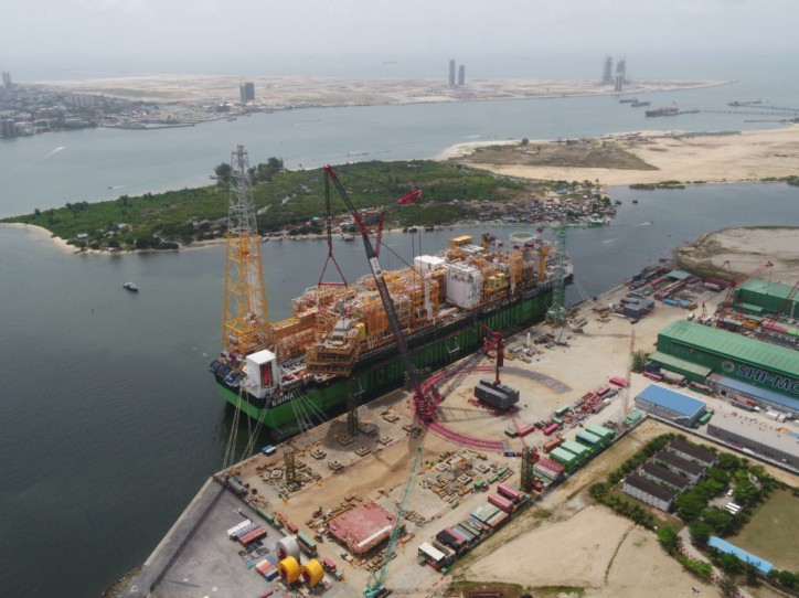 ALE completes another record breaking 3,000t lift of module for Total's Egina FPSO
