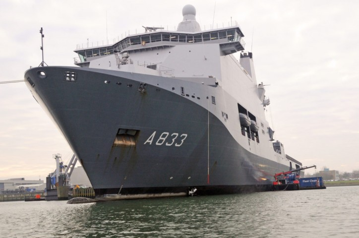 Fleet Cleaner completes first ship hull cleaning