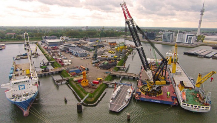 RollDock and SAL Heavy Lift Forms World's First Pool For Dock Vessels