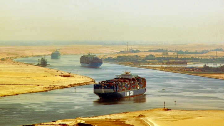 Expansion of the Suez canal