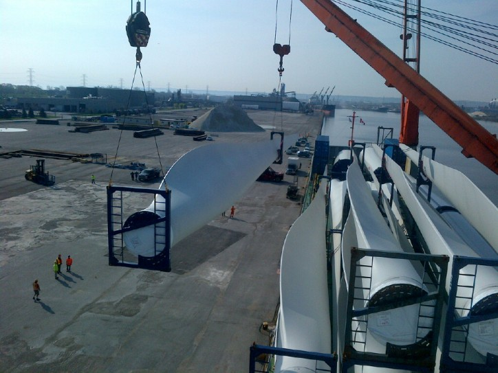 Spotted: Discharging windmills from MV Flintersky at Hamilton, Canada