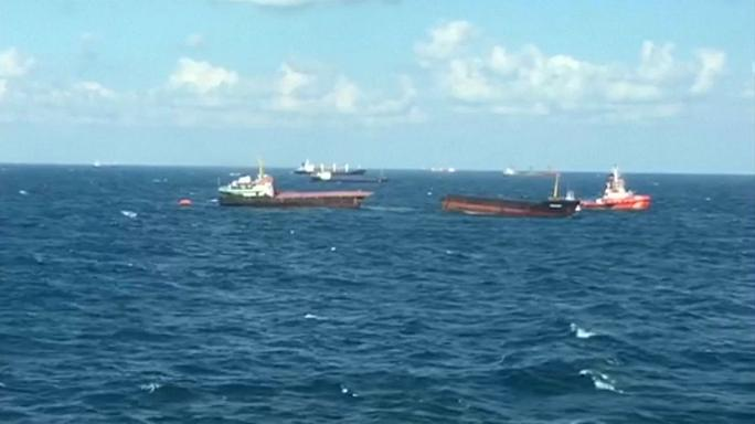 VIDEO: Cargo ship Leonardo breaks in half in Black Sea