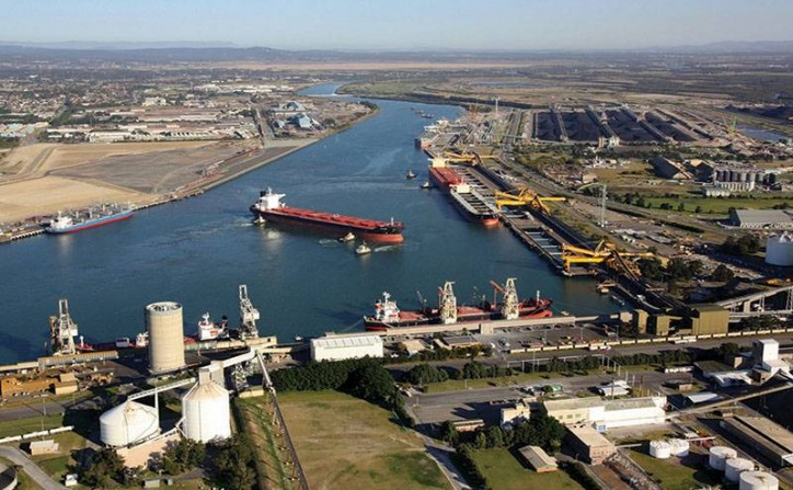 Ship queue for Australian Newcastle coal exports shrinks on weak demand