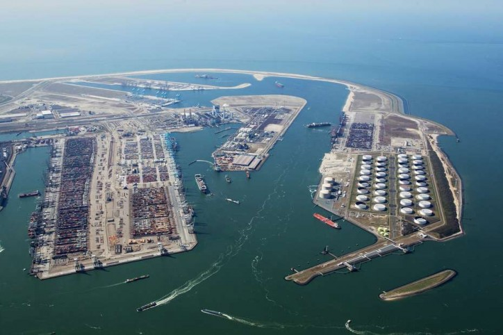 Container transfers between different Maasvlakte terminals Rotterdam soon to become easier
