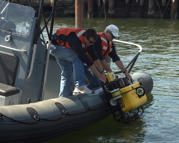 General Dynamics Autonomous Underwater Vehicle Detects Threats to Ship Hulls and Structures