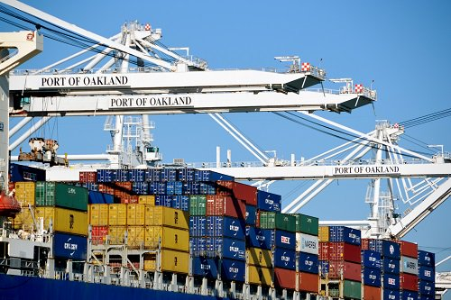 Port of Oakland import volume jumped 12.6 percent last month