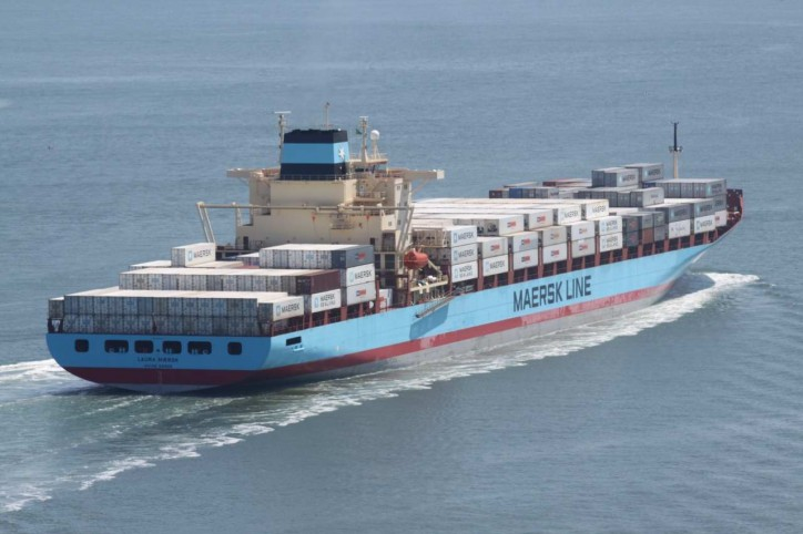 Laura Maersk Boxship Narrowly Avoids Grounding Off Akutan