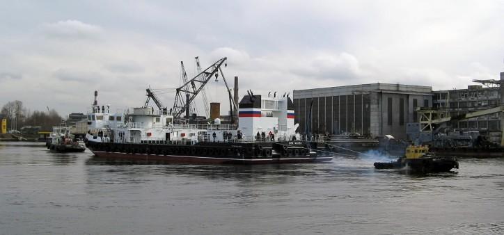 SPK-46150 self-propelled floating crane (Project 02690, Sr. No.906)