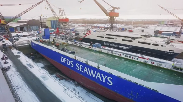 DFDS' RoRo Vessel Finlandia Gets New Scrubber (Video)