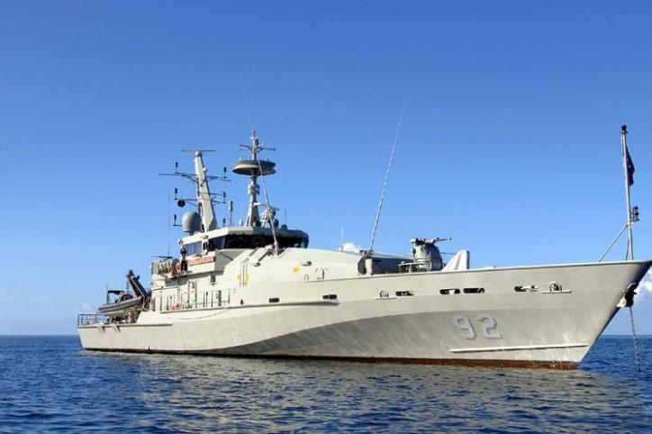 Royal Australian Navy HMAS Wollongong Intercepts Illegal Fishermen