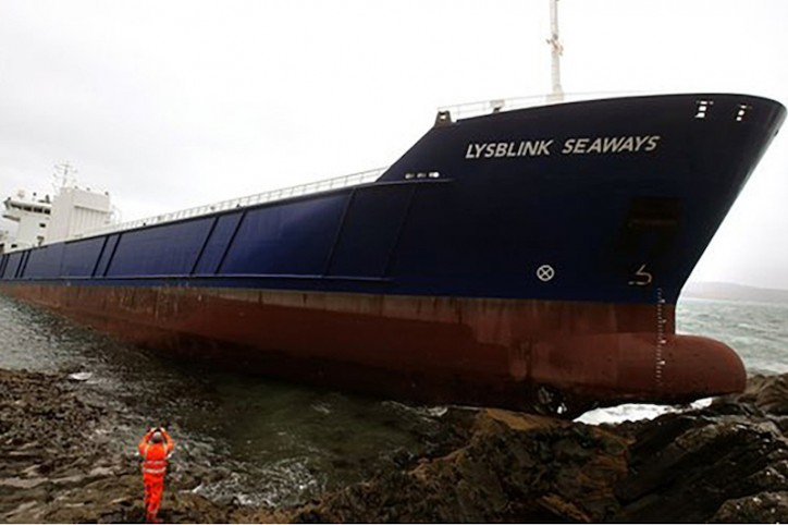 MAIB: 'Lysblink Seaways' Watch Officer was Drunk Before Grounding (Video)