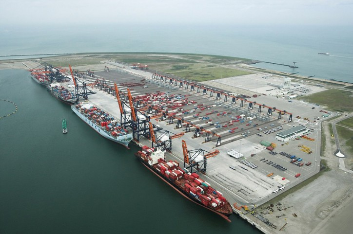 Cosco Pacific Buys Stake in Hutchison Europe Container Terminal