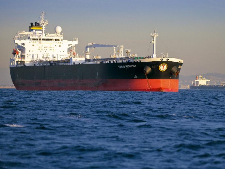 Tsakos Energy Navigation Announces Strategic Long-Term Employment for Panamax Tankers