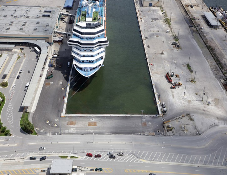 Port Everglades Extends Slip for Larger Cruise Ships