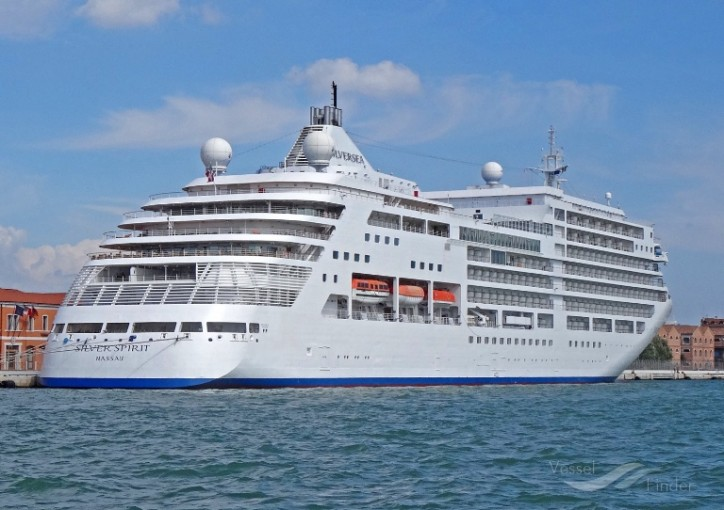 Silversea and Fincantieri announce plans to lengthen Silver Spirit