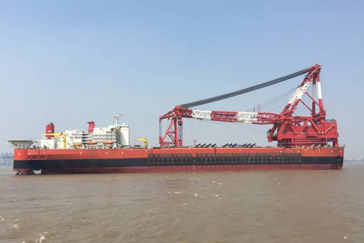 Heavy-lift vessel sets world record during testing (Video)