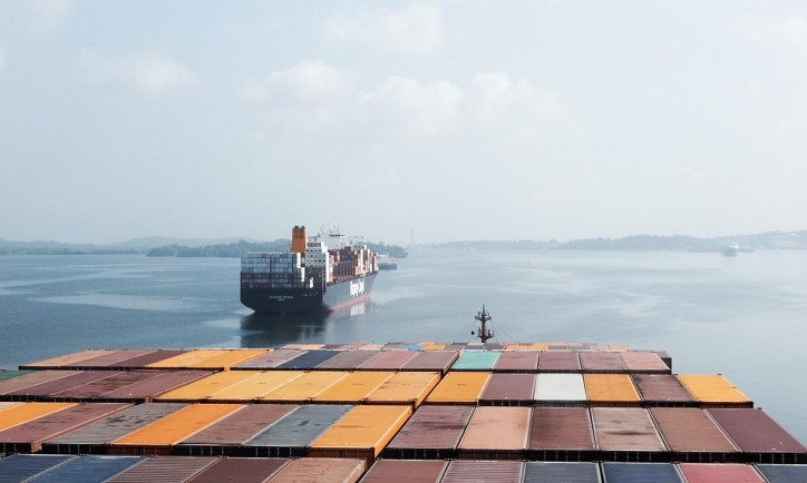 Hapag-Lloyd delivers significantly higher operating result (EBIT)