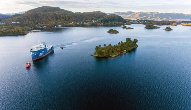Service operation vessel Windea Leibniz