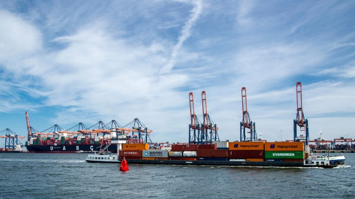 Port of Rotterdam Achieves Throughput of 232.8 Million Tonnes in the First Six Months of 2018