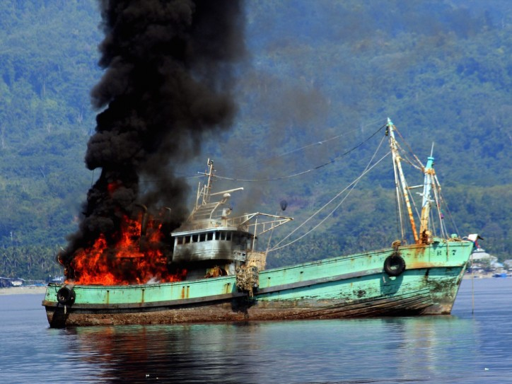 Indonesia prepares for mass ship sinking
