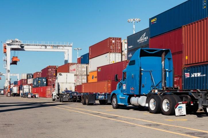 Port of Oakland first: battery-powered truck enters the fleet
