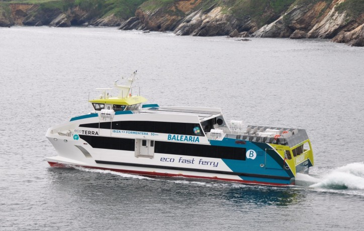 Gondan signs a contract for a new GRP ferry