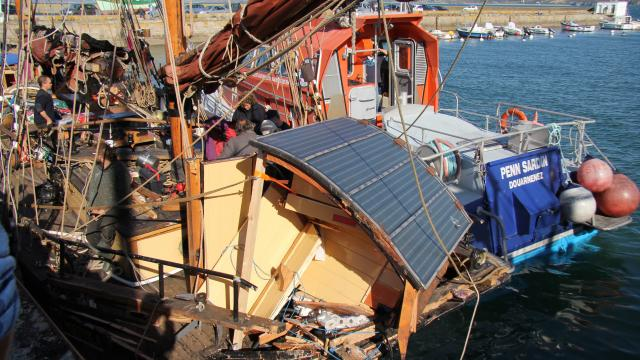 The Nordlys severely damaged after collision with the French fishing boat Reine de l'Arvor
