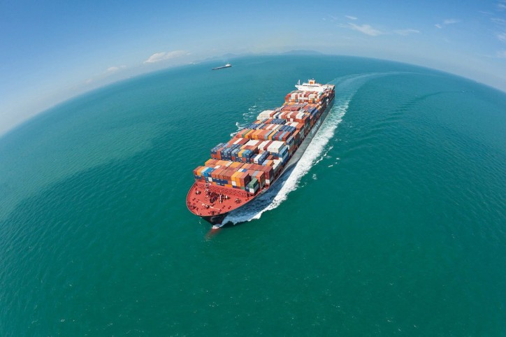Hapag-Lloyd and Kuehne + Nagel agree to 17 percent CO2 reduction